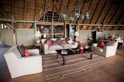 Pom-Pom-Camp-lounge