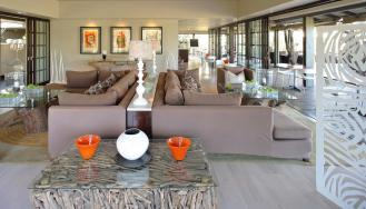Phinda-Forest-Lodge-Lounge