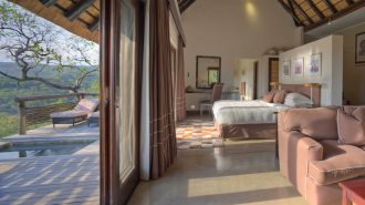 suite-interior-at-andbeyond-phinda-mountain-lodge-on-a-luxury-safari-in-south-africa