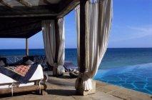 alfajiri-cliff-villa-veranda-590x390